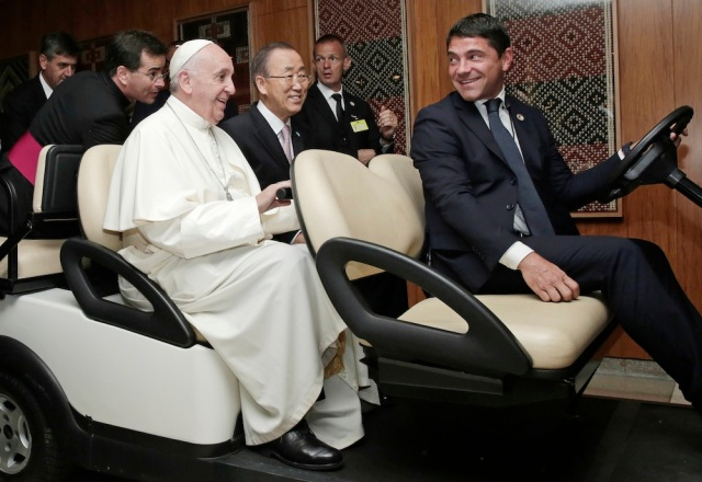 the Pope visits the UN