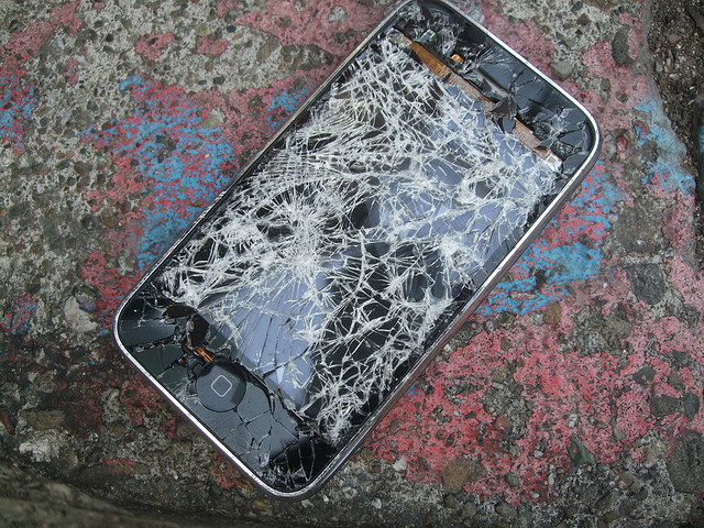 broken_iphone.jpg