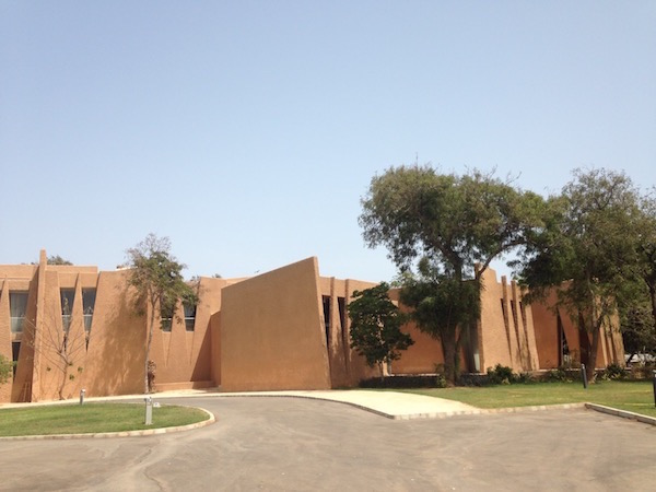 beautiful buildings of dakar 8