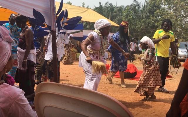 allada dancers.jpg
